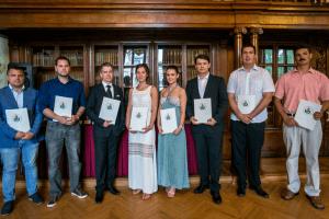 Négy kategóriában 13 borvidék több mint 100 bora versenyzett a Semmelweis Egyetem Bora 2015 címért. A győztesek a dél-balatoni, az egri, a szekszárdi, és a tokaji borvidékről érkeztek