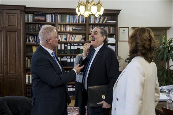 Rövidhír – A libanoni igazságügyi miniszter Budapesten