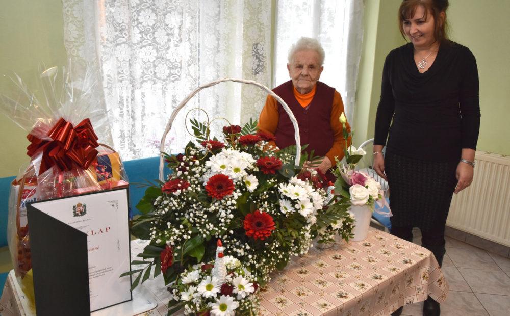 90. születésnapját ünnepelte