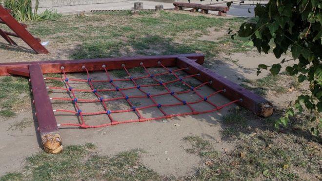 Játszótéri mászóka okozott gyermek halált Csányon