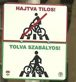 A zebra a gyalogosoké! Told a kerékpárt!