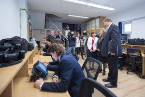 Hírközlési labort adományozott az NMHH a Puskás Tivadar Távközlési Technikumnak