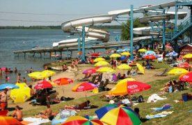 Félmilliárd forintból újult meg a Tisza-tó Strand Abádszalókon