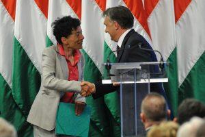 Hegedüs Zsuzsa szociológus, miniszterelnöki főtanácsadó és Orbán Viktor 2012-benFotó: Soós Lajos/MTI/MTVA